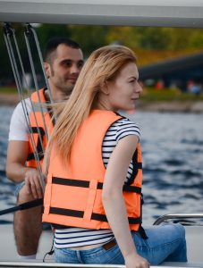 Романтические прогулки на яхте в спб