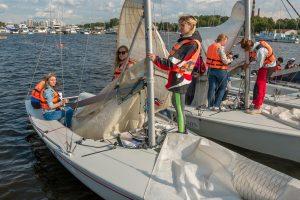 Прогулки на яхте, клуб Sportyachts